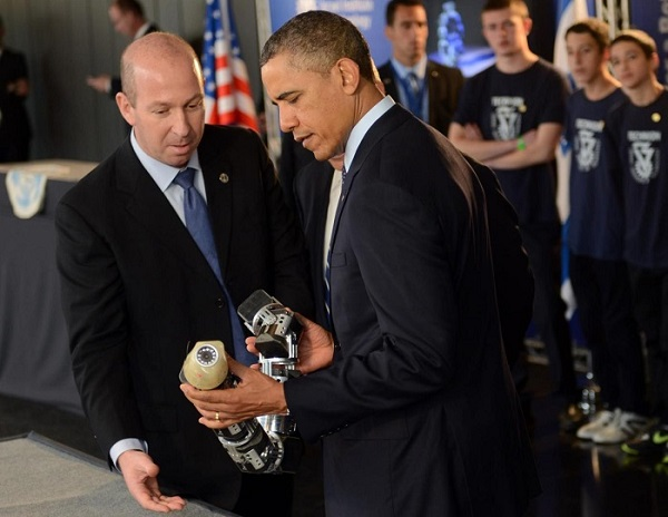 профессор Вольф и Обама