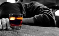 Больше всего от алкоголя умирают в России, меньше всего – в Израиле
